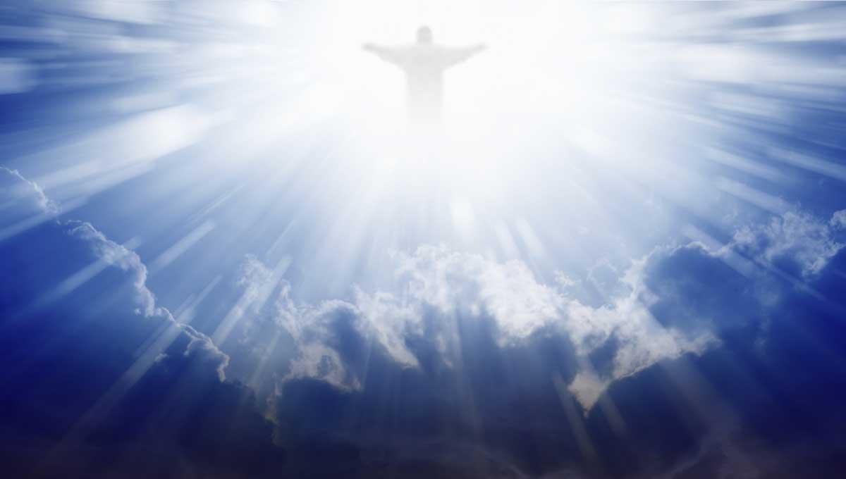 Menghadirkan Tuhan